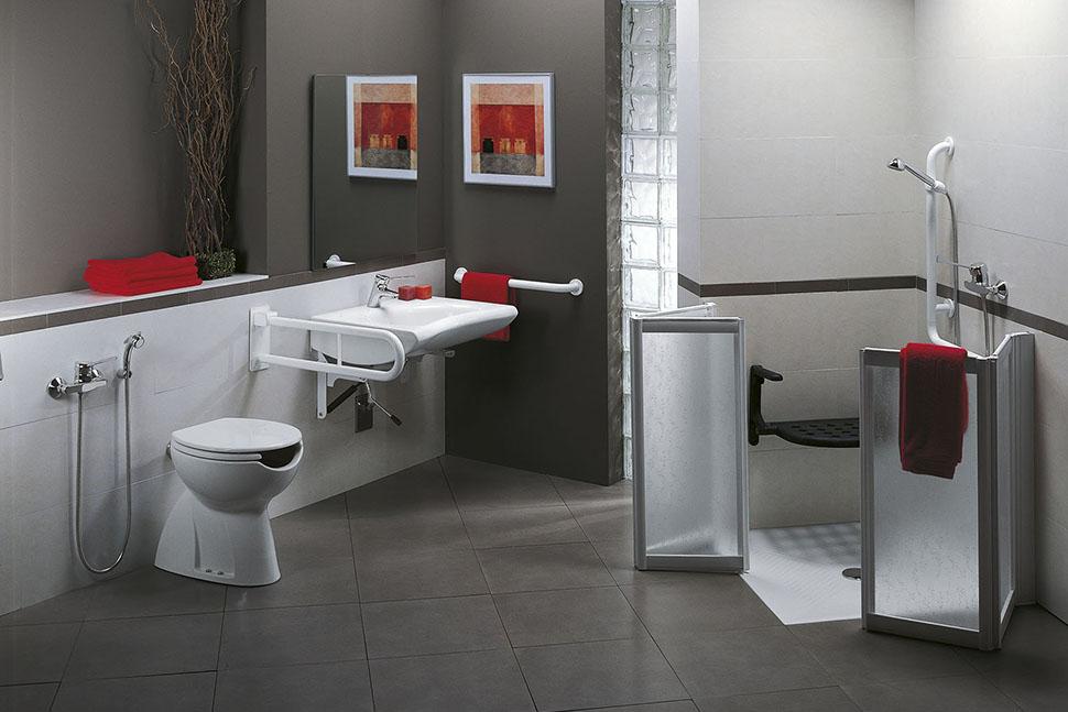 Porta e finestra montaggio e vendita box doccia per disabili e